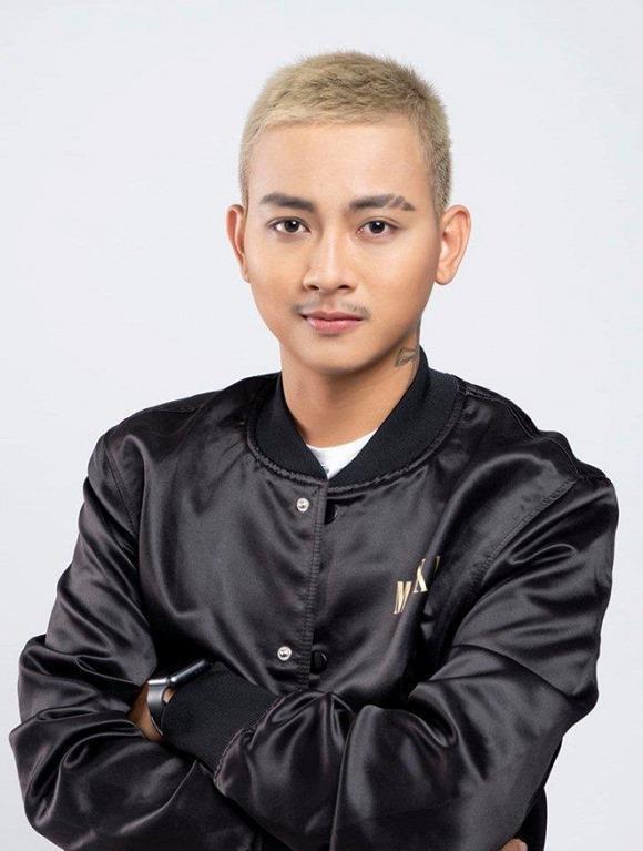 Hoài Lâm bất ngờ đăng ảnh với gương mặt bầu bĩnh sau 2 năm ở ẩn lái xe kiếm sống ảnh 0