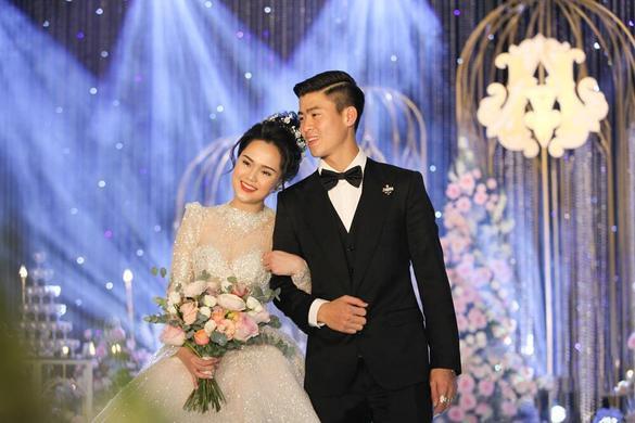 Liều lĩnh chọn phong cách make up chưa từng có tiền lệ tại Vbiz, Quỳnh Anh  vợ Duy Mạnh là cô dâu đi đầu xu hướng hot hit 2020 ảnh 0