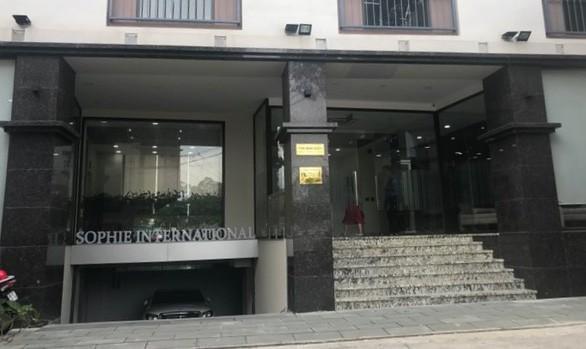 Thẩm mỹ viện Sophie International bị xử phạt 155 triệu đồng, đình chỉ hoạt động trong thời hạn 9 tháng. Ảnh: VOV