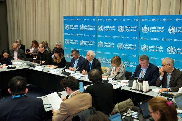 Buổi họp báo ngày 23-1 sau cuộc họp thứ hai của WHO về dịch viêm phổi cấp do chủng virus corona mới gây ra tại Geneva, Thụy Sĩ – Ảnh: REUTERS