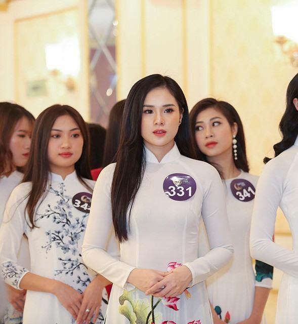 Bạn gái tuyển thủ U23 Việt Nam - Trọng Đại thường xuyên xuất hiện ở những cuộc thi sắc đẹp.