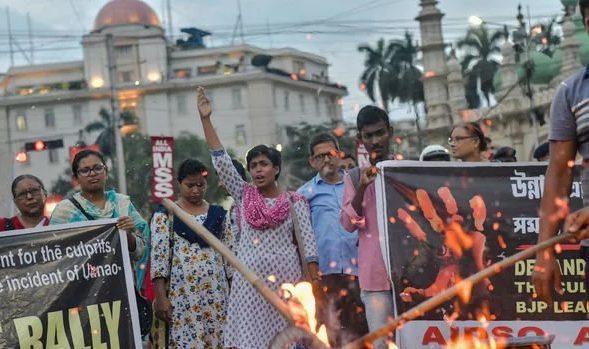 Các bé gái Ấn Độ rất dễ trở thành nạn nhân trong một vụ tấn công tình dục.