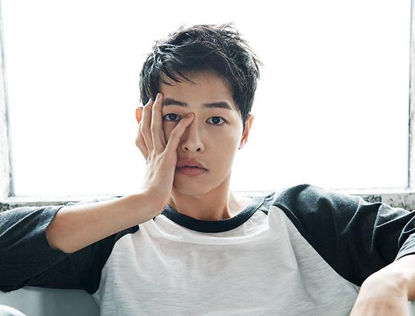 Song Joong Ki hoá nhạc sĩ thiên tài  Song Ji Hyo sánh bước với bốn mỹ nam cùng lúc, đào hoa thế này, có ai thấy tiếc? ảnh 4