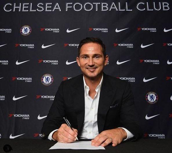 Lampard đã chính thức ký hợp đồng với CLB Chelsea.