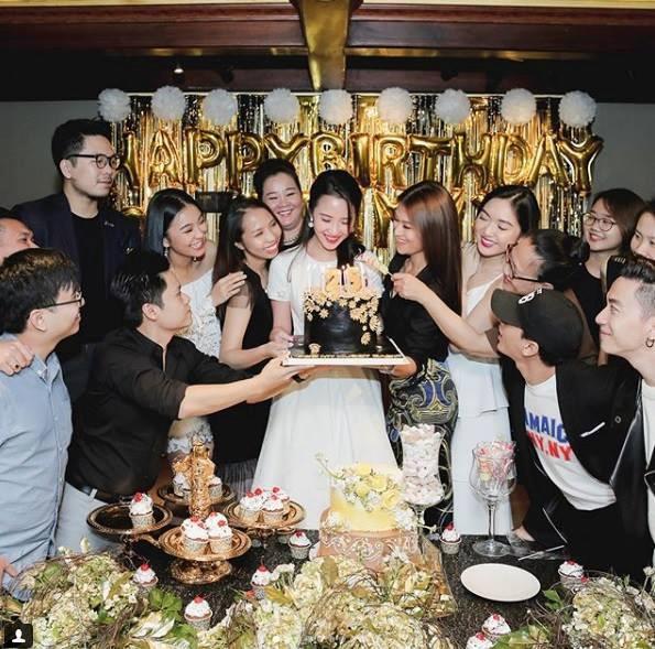 Phan Thành có mặt trong tiệc sinh nhật bạn gái