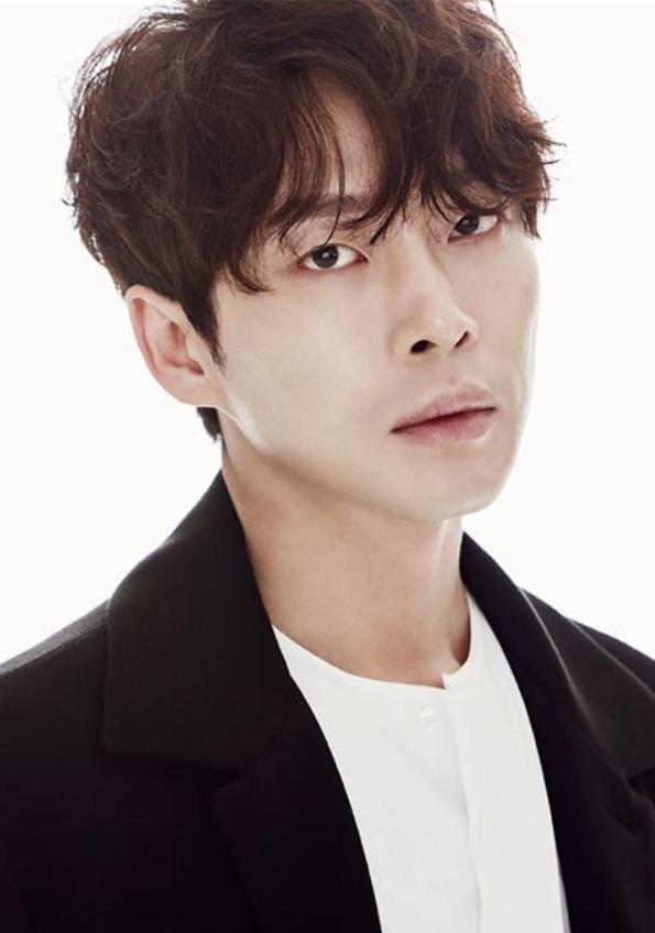Diễn viên Kang Sung Wook đi tù 5 năm vì tội cưỡng bức ảnh 0