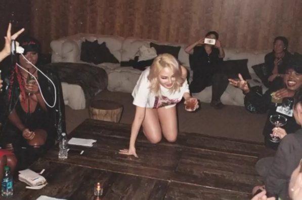 Những hình ảnh của CL trong teaser