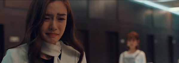 Nhìn lại những cảnh khóc của các phim cũ mới thấy vì sao cảnh khóc của Angelababy trong Cơ trưởng Trung Quốc được được đánh giá cao! ảnh 17