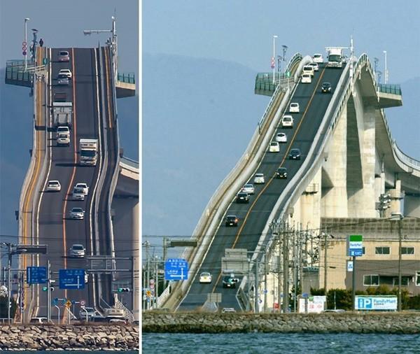 Bạn có đủ can đảm đi qua 9 cây cầu ngoằn ngoèo ngoạn mục này? ảnh 0