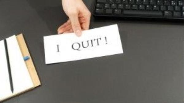 """Bước 5: Lựa lời nói với sếp bạn là """"Ông/bà làm tôi mệt mỏi lắm rồinên tôi nghỉ việc đây""""."""