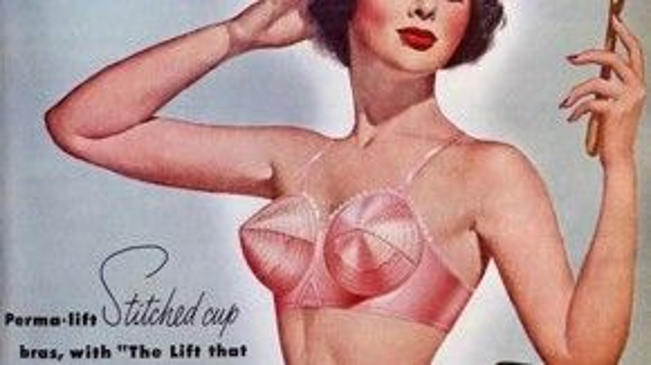 Áo ngực chóp nhọn – một trong những biểu tượng cách tân và đột phá nhất thời trang thập niên 50.