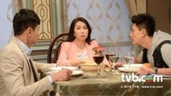 Nữ diễn viên lão làng Trần Tú Châu với vai diễn khá ấn tượng.