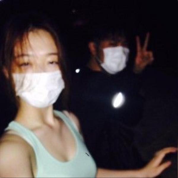 Một chuyến đi chơi đêm của Sulli và Choiza.