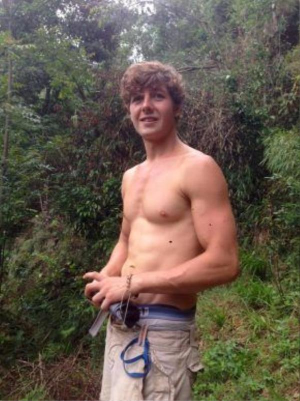 Chàng trai người Anh 22 tuổi Aiden Webb hiện đang mất tích tại vùng núi Fansipan, Việt Nam