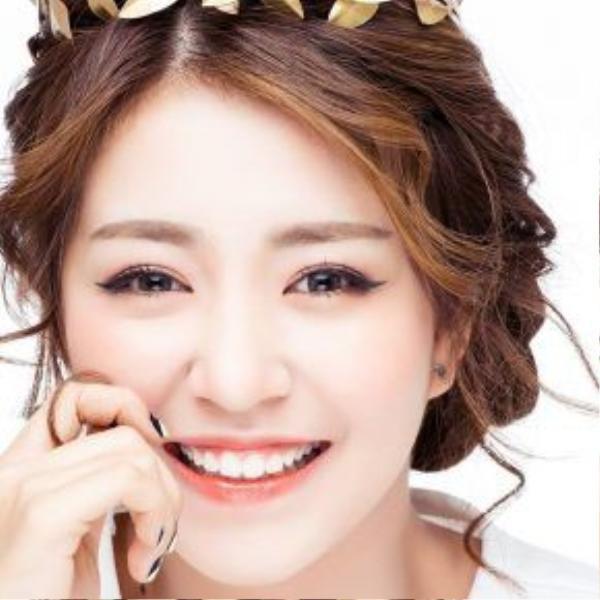 Sau 5 năm, cô bé Mẫn Tiên trong sáng, ngây thơ ngày nào giờ càng trở nên xinh đẹp hơn.