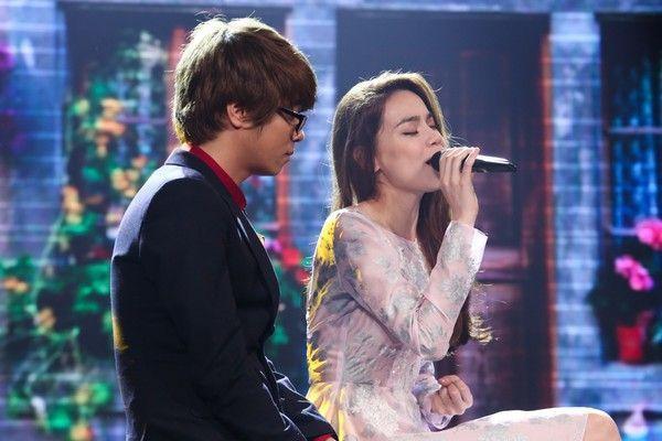 Ca khúc Hàn gắn(sáng tác Hoàng Tôn) được Hồ Ngọc Hà tặng Bùi Anh Tuấn từ cách đây 4 nămtrước.
