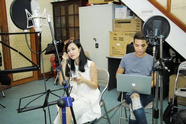 Đông Nhi sẽ đem sáng tác của chính mình lên sân khấu của liveshow đầu tiên trong sự nghiệp.