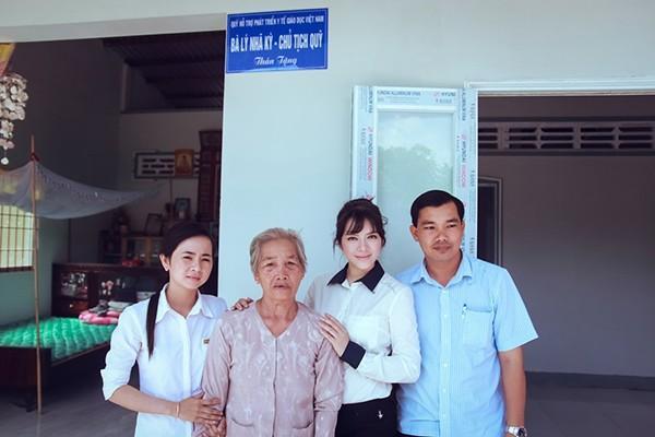 Các chương trình từ thiện nhân đạo được khởi xướng suốt 5 năm qua bởi Lý Nhã Kỳ và Quỹ hỗ trợ Phát triển Y tế và Giáo dục Việt Nam đã nhận được sự ủng hộ và đánh giá cao của các ban nghành hữu quan, các địa phương, cơ quan, đơn vị có liên quan.