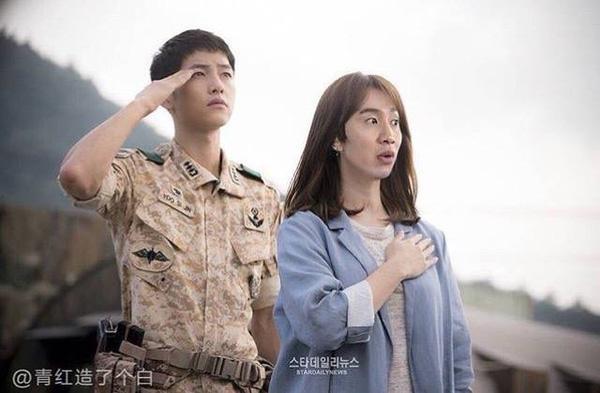 Bạn gái đại úy Yoo trong lòng fan Running Man.