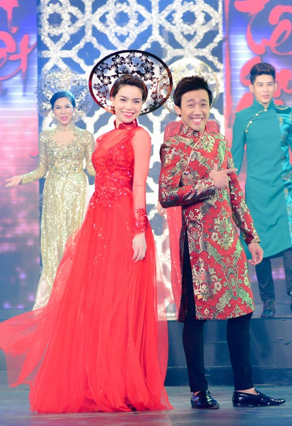 Hồ Ngọc Hà và Trấn Thành không chỉ là đôi bạn thân ngoài đời mà còn là cặp diễnăn ý trên sân khấu.