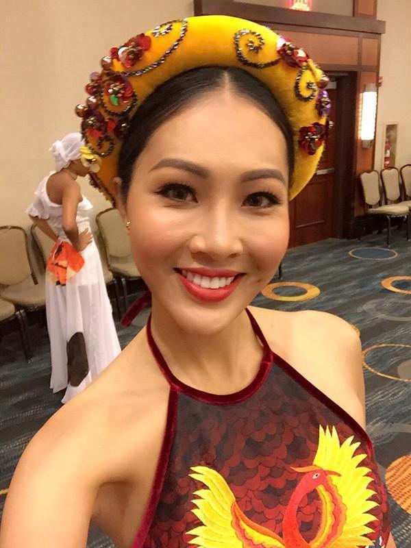 Sau phần thi Hoa hậu Tài năng, các thí sinh sẽ có buổi ghi hình giới thiệu về bản thân trong khoảng 60 giây. Diệu Ngọc cho biết cô vô cùng tự tin để tiếp tục thi đấu.