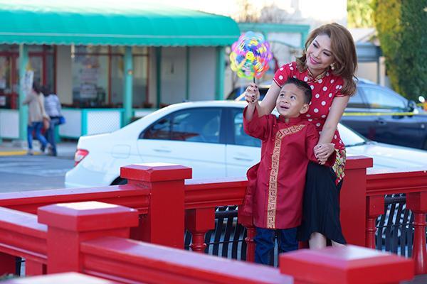 Thanh Thảo và con trai Jacky Minh Trí.