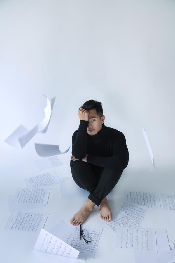 2017 Phạm Hồng Phước sẽ tích cực xuất hiện với vai trò nhà sản xuất âm nhạc.