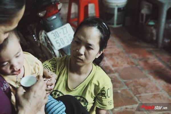 Và mơ ước của chị đã trở thành hiện thực khi ở tuổi 35 chị sinh bé Khôi với người đàn ông bí mật.