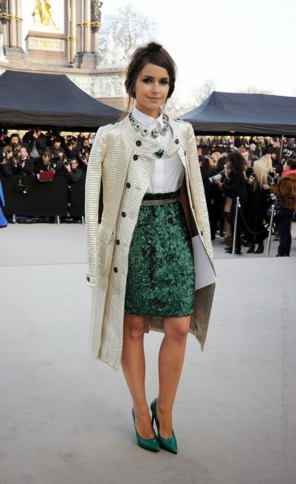Cô nàng Miroslava Duma nổi tiếng với vai trò biên tập viên của tạp chí Harper's Bazaar Nga, người đẹp luôn thu hút ống kính nhiếp ảnh gia vì phong cách thời trang cũng như thể hiện tính cách thông qua sự mix&match trên trang phục.