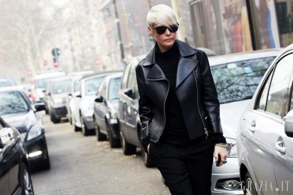Kate Lanphear - BTV thời trang của tạp chí ELLE Mỹ luôn thu hút cánh săn ảnh mỗi khi xuất hiện và cô nàng cũng là một trong những nhân vật có tầm ảnh hưởng đến làng thời trang thế giới.