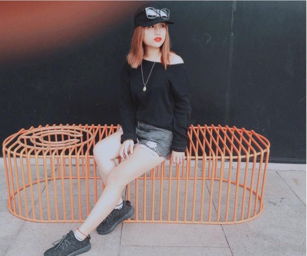 Cận cảnh nàng hot girl Trần Hoài Thu.