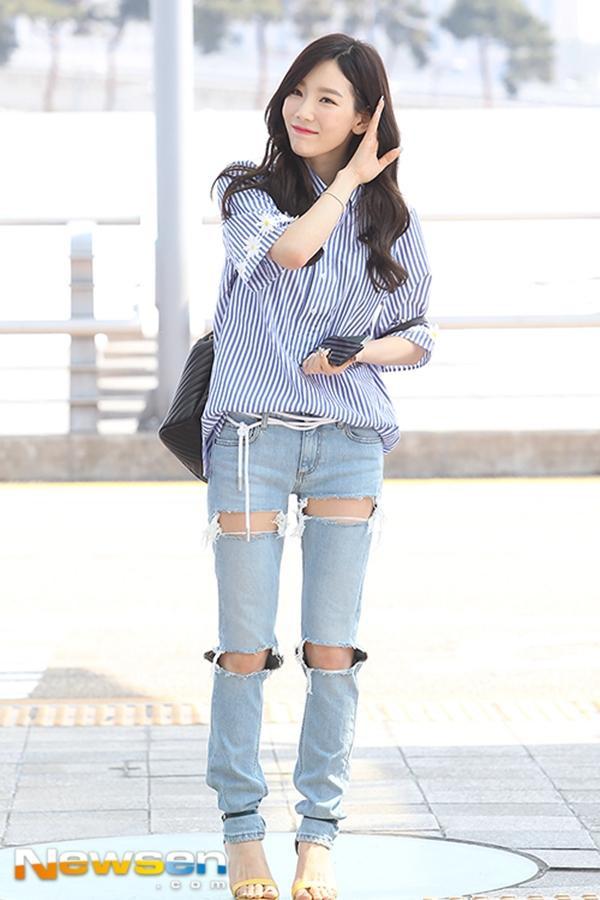 Làn da trắng sáng rạng ngời khiếnTae Yeon xinh như búp bê.