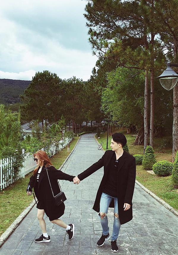 Cặp đôi còn thường xuyên cùng nhau đi du lịch…