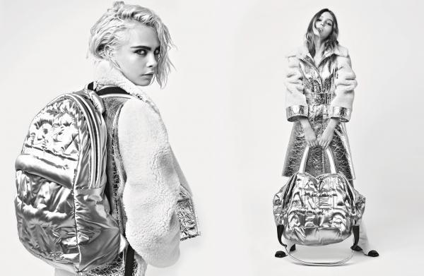 Trong trang phục ấn tượng của Chanel, hai nàng mẫu tuy mỗi người một vẻ nhưng lại là sự cộng hưởng hoàn hảo và đấy mới lạ mang đến sức hút đặc biệt cho chiến dịch mùa thu lần này.
