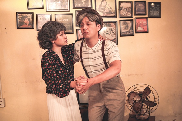 Thông tin mời Sam - nữ diễn viên chính của MV sau 9 năm hợp tác với Ngô Kiến Huy từ thời Giả vờ yêuđã gây thích thú cho fan, mặc dù nhân vật chính lần này không phải Khổng Tú Quỳnh.