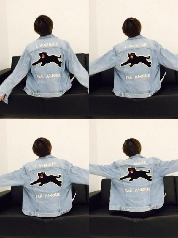 Các fan cũng vô cùng tinh ý khi tặng V một chiếc áo khoác của Gucci