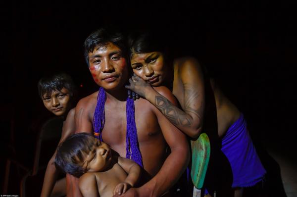 Một gia đình Waiapi.