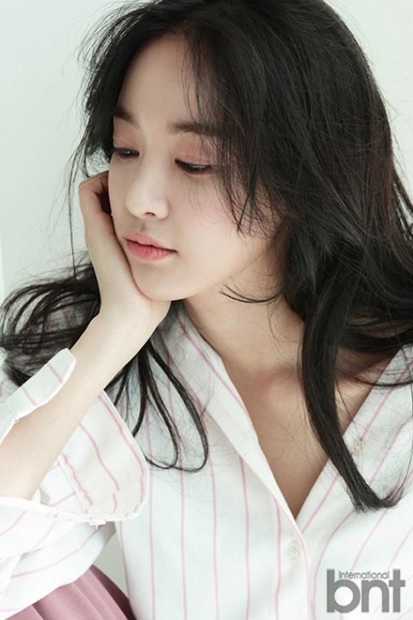 After School đâu chỉ có nữ thần Nana hay UEE, bạn gái G-Dragon cũng từng hút hồn fan thế này ảnh 16
