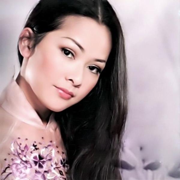 Bức chân dung của nữ ca sĩ được fan dùng để họa lại.