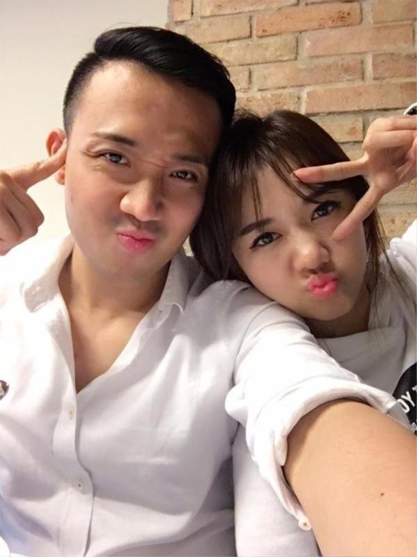 Sau hơn một làm vợ chồng, Trấn Thành và Hari Won vẫn luôn khiến khán giả ngưỡng mộ với vô số khoảnh khắc ngọt ngào.