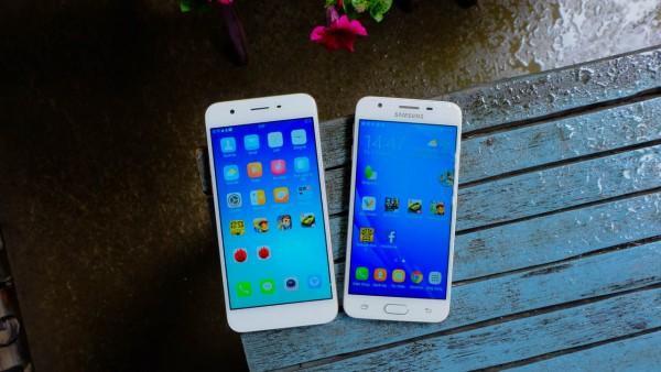 Có giá thấp hơn nhưng vẫn sở hữu những tính năng như iPhone và thậm chí còn vượt trội hơn ở một số đặc điểm, các nhà sản xuất như Samsung, OPPO, Xiaomi… đang chiếm lĩnh miếng bánh thị phần.