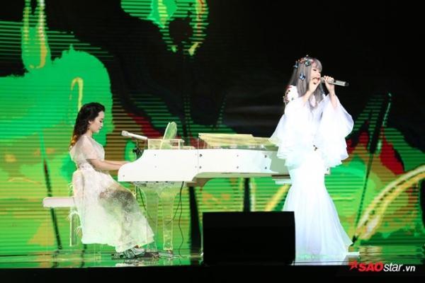 Á quân Thảo Nhi gây ấn tượng mạnh với ca khúc Hỏi trong đêm chung kết Sing My Song mùa đầu tiên.