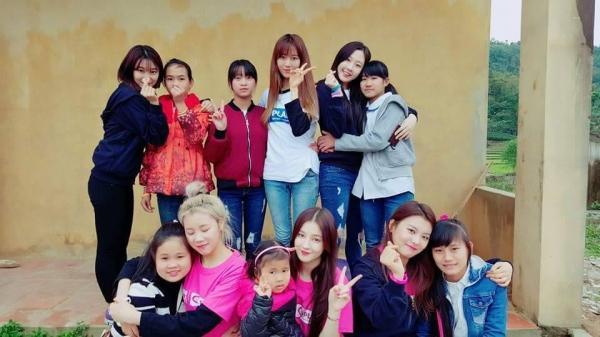 Momoland có chuyến từ thiện tại đất Thái Nguyên.