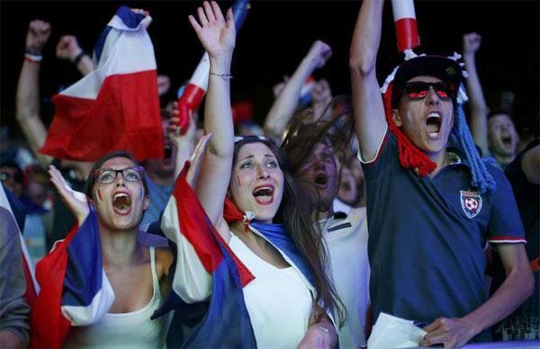 Thời trang World Cup là thế giới có ma lực.