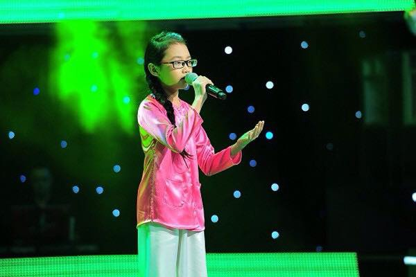 Phương Mỹ Chi những ngày tham dự The Voice Kids 2013.