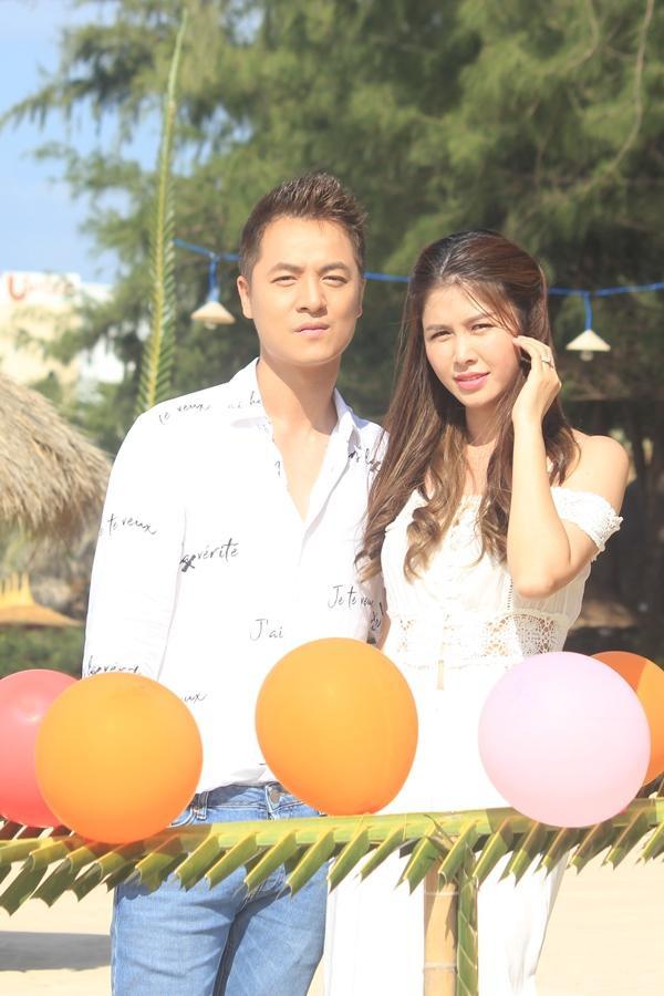 Vợ chồng ca sĩ Đăng Khôi - Thủy Anh cũng tham gia chuyến hành trình 'hâm nóng' tình cảm