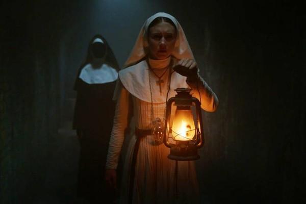 The Nun đang gây sốt rạp phim dù chỉ mới 2 ngày công chiếu.
