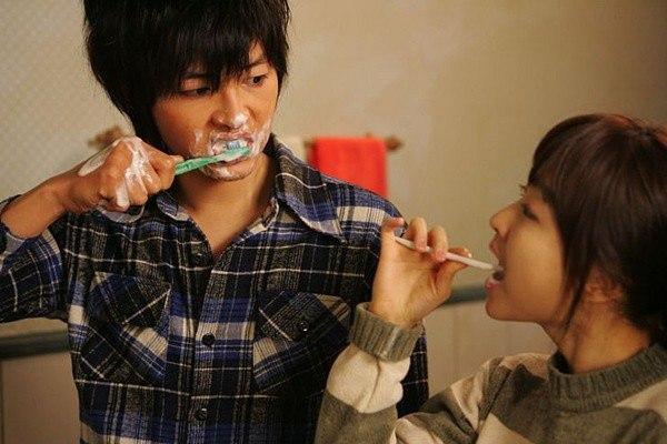 Khoảnh khắc đáng yêu của Song Joong Ki và Park Bo Young.
