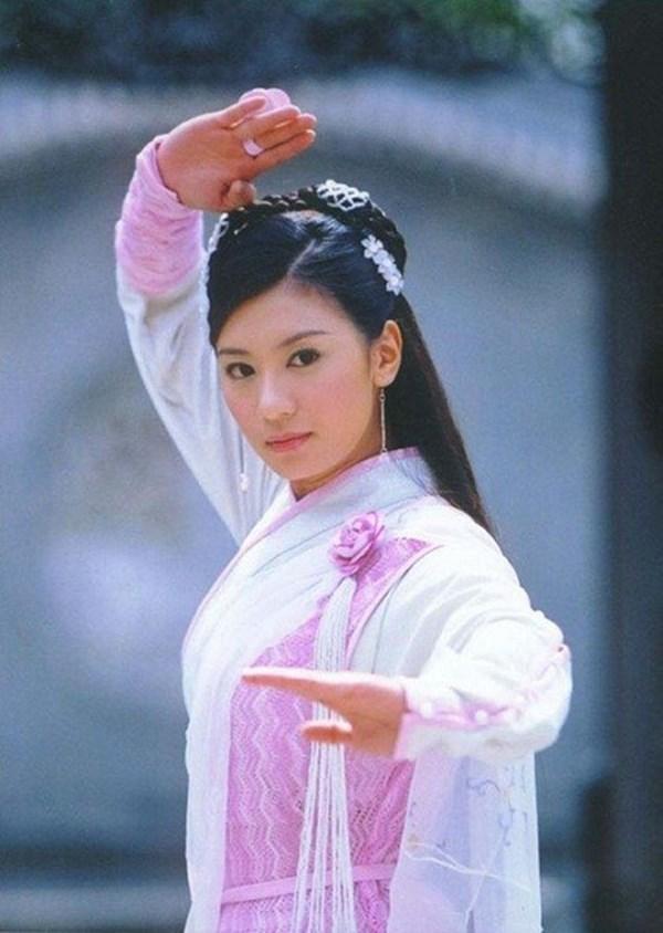 13 bông hồng tuyệt sắc giai nhân trong loạt phim võ thuật của Kim Dung (P.1) ảnh 0