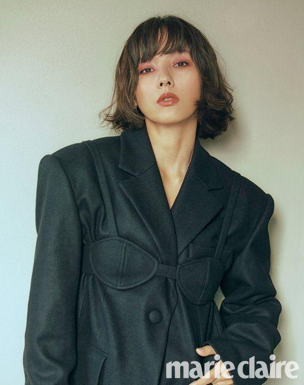 20 năm đã trôi qua, Lee Hyori tóc nâu môi trầm làm fan xốn xang 'Yêu lại từ đầu' ảnh 3